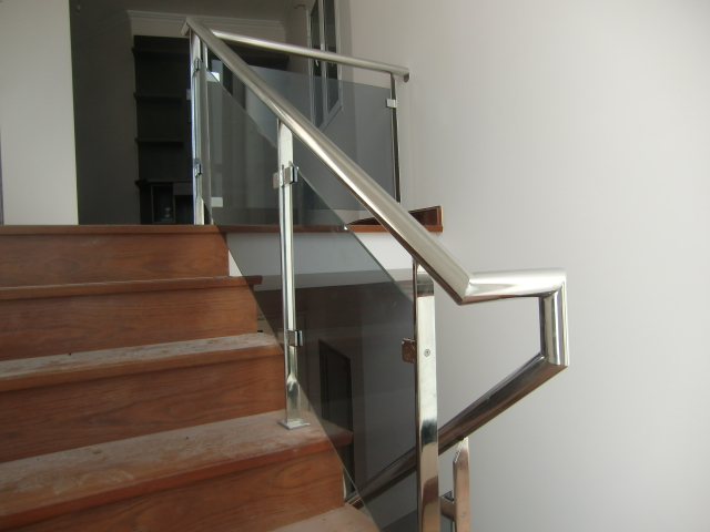 Escada Em Inox Com Vidro