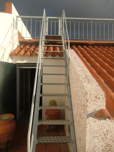Varanda Escada e Porta