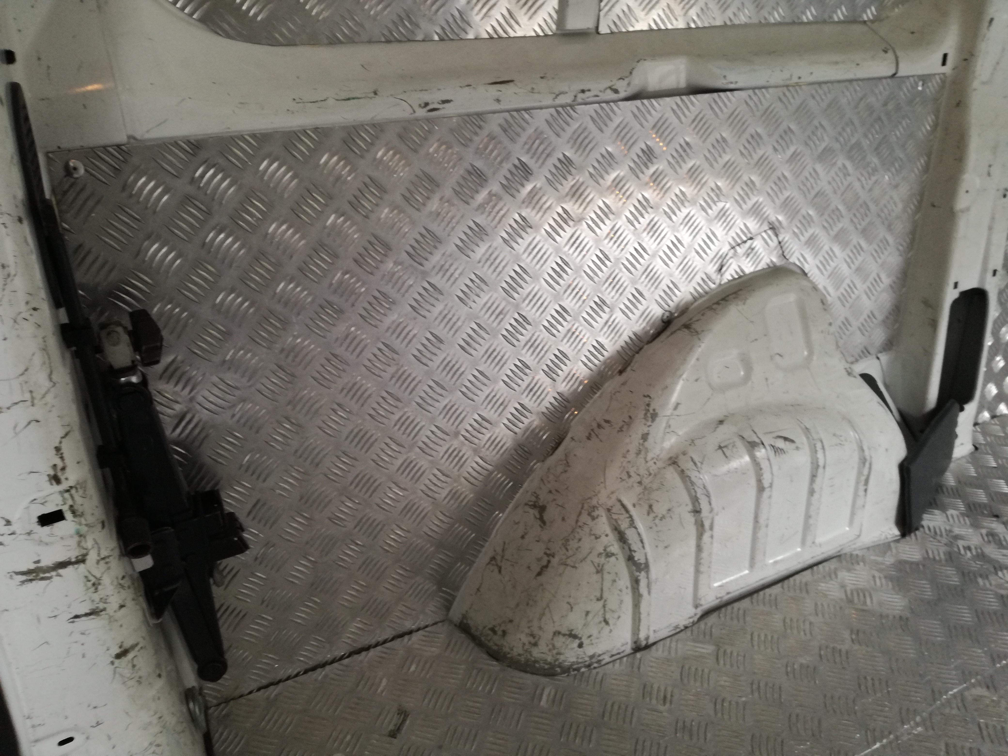Forrar carrinhas em alumínio antiderrapante